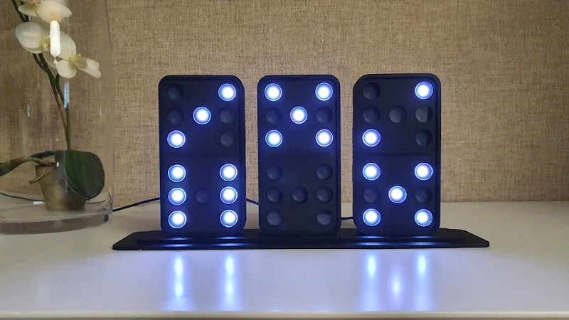 Domino Clock Tells The Time In Style