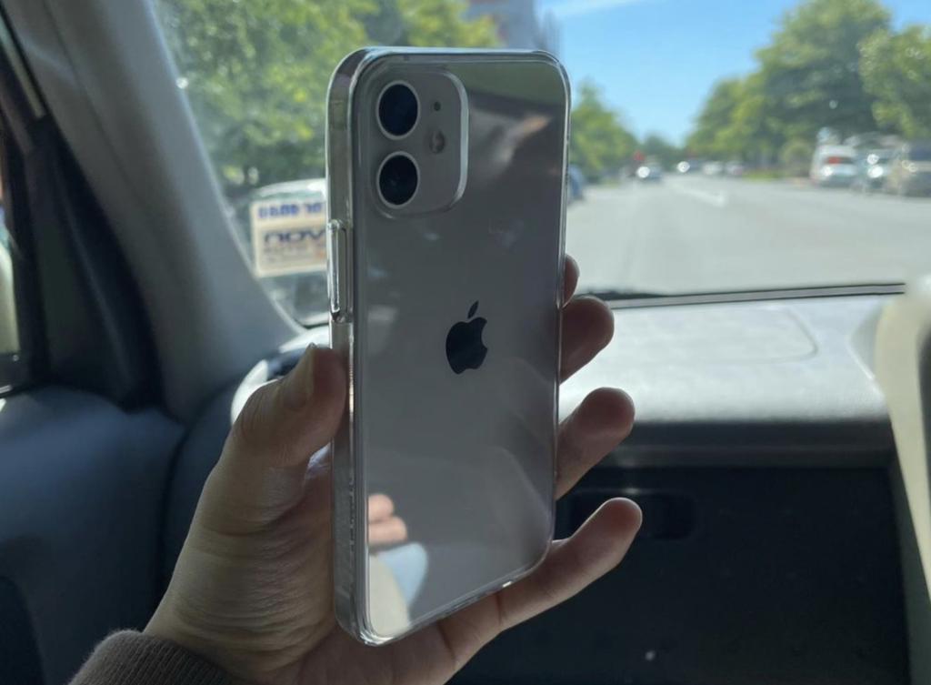 Australian and New Zealand iPhone 12 Pro Max and 12 Mini buyers are now receiving their orders