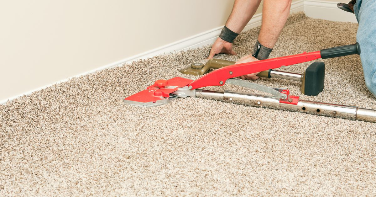 How to Stretch Carpet  – This Old House