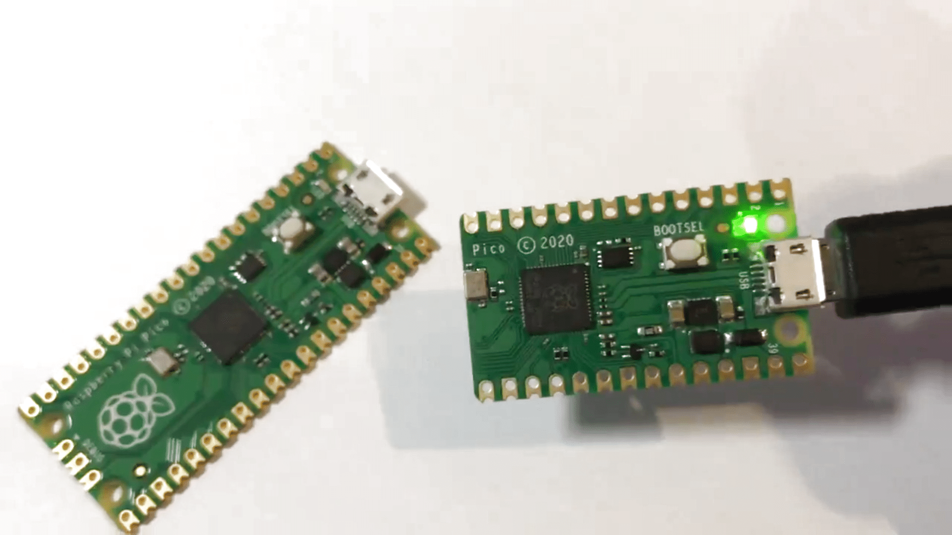 Slimming The Raspberry Pi Pico With A Hacksaw