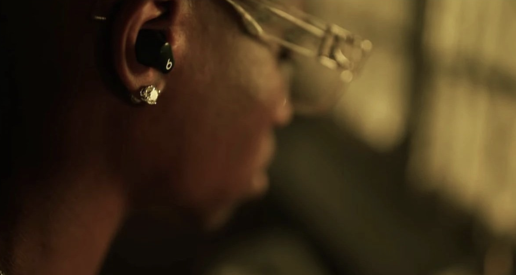 Beats Studio Buds makes another appearance in music video