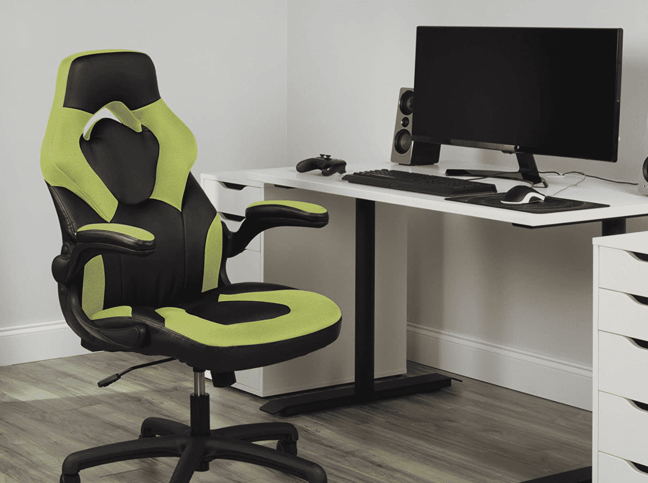 Play, Work and Relax in Style with the OFM Racing Style Leather Gaming Chair, Now $30 Off
