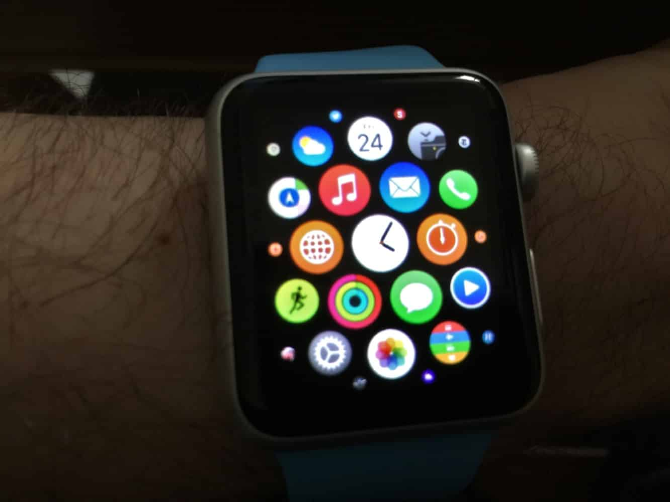 Apple Watch Series 7 to have temperature sensor