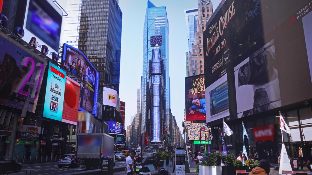 [Video] Serenity in the City That Never Sleeps: Samsung Smart LED Signage Brings Nature to Times Square