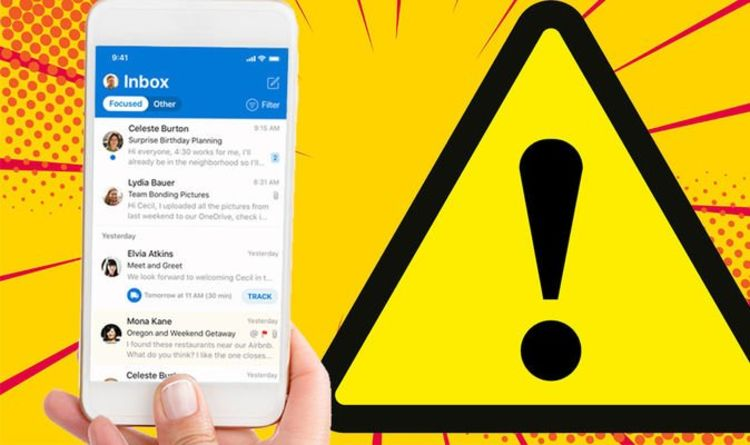 Millions of iPhone owners will no longer be able to use Microsoft Outlook, and here's why