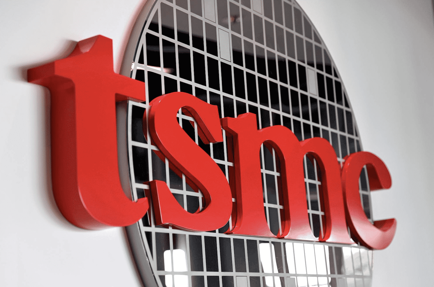 Apple chip supplier TSMC may work out a deal with Sony